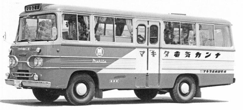 マキタ電気カンナキャンペーンバス